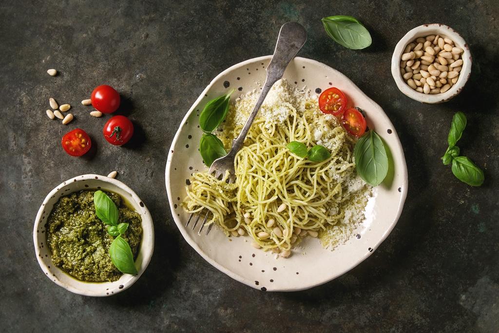 Easy Homemade Pesto Pasta